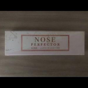 LUXIE 182 NOSE PERFECTOR BRUSH - JADEYWADEY180